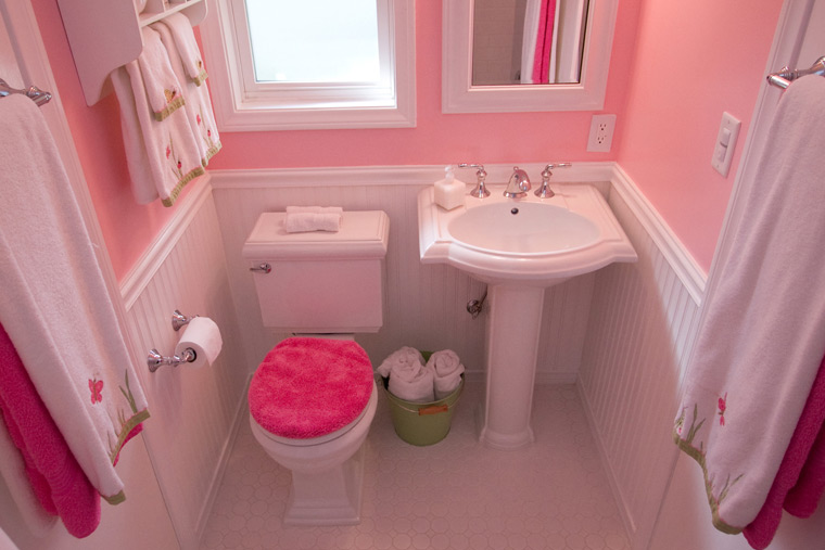 Small Space Toilet