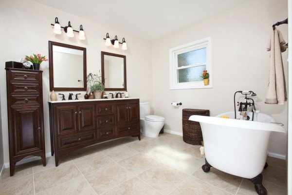 Comparing Three Bathrooms, Two Modern & One Transitional - One Week Bath
