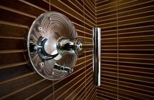 Brown Tile | One Week Bath Remodel | Bathroom #23