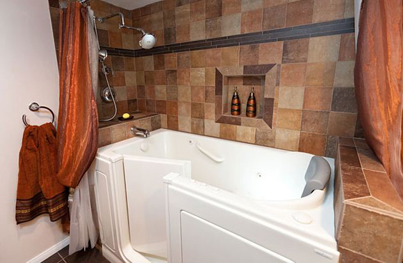 Featured Bathroom | Universal Design Walk In Tub