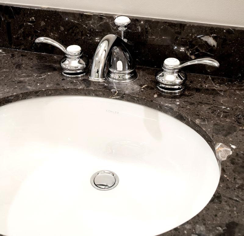 Brown-Bathroom-4-063014