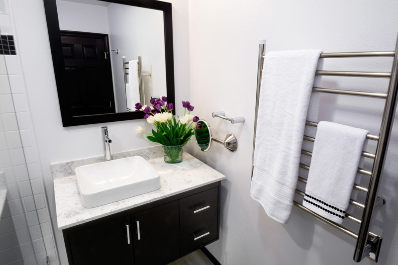 small-bathroom-vanity-modern-800