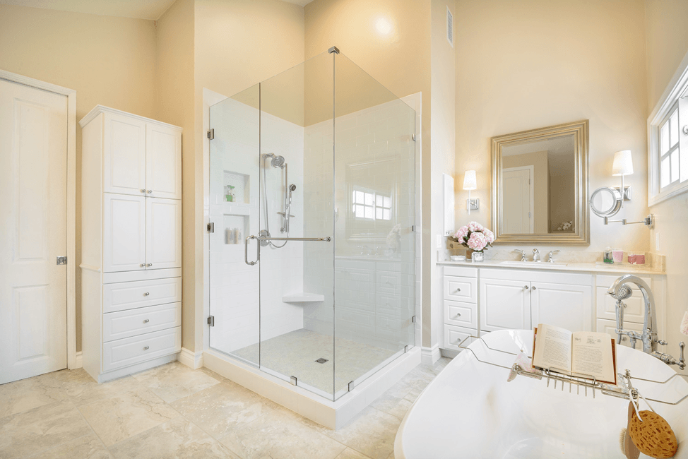 shower-small-glass